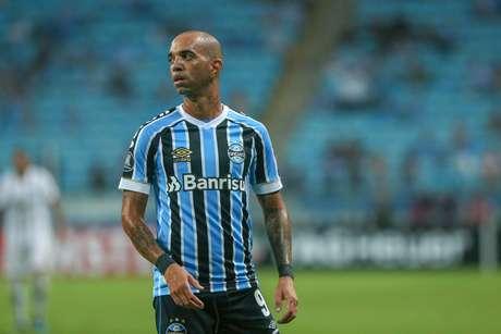 Tardelli durante Grêmio x Libertad, partida valida pela 2ª rodada do grupos H da Copa Libertadores