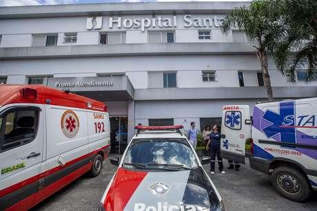 Fachada de hospital localizado a poucos metros da escola para onde foram levados os feridos. Ao menos dez pessoas morreram e outras 15 ficaram feridas durante o tiroteio dentro da Escola Estadual Raul Brasil de Suzano