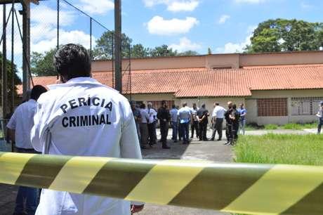 Movimentação após tiroteio ocorrido na Escola Estadual Raul Brasil de Suzano, na Rua Otávio Miguel da Silva, em Suzano, na Grande São Paulo, nesta quarta-feira (13)