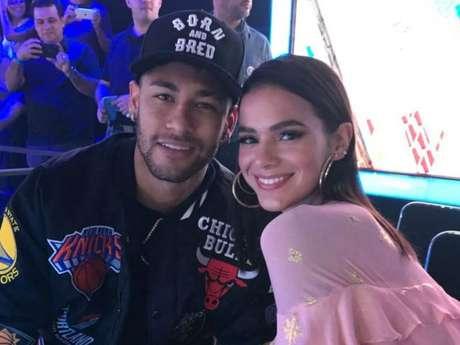 Neymar defende Bruna Marquezine de ataques: 'Sou fã dela como atriz e como mulher'
