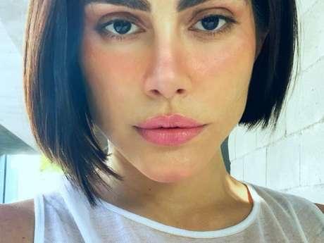 Cleo passou por uma lipoaspiração no Hospital Sírio Libanês, em São Paulo