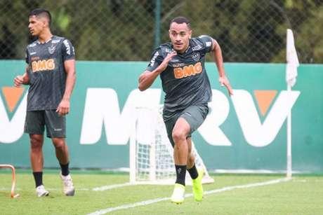 Papagaio está em fase final de recuperação de uma torção no tornozelo e já poderá fazer sua estreia no Galo-Bruno Cantini/Atlético-MG