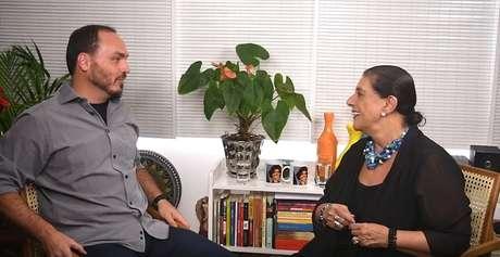 Carlos Bolsonaro e Leda Nagle: internet virou a plataforma perfeita para conversas inteligentes