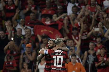Comemoração do gol de Gabriel, do Flamengo, em partida contra a LDU, válida pelo Grupo D da Copa Libertadores, realizado no Estádio Jornalista Mário Filho (Maracanã), na zona norte do Rio de Janeiro, nesta quarta-feira (13).