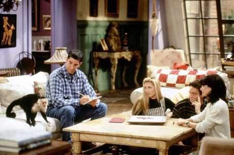 Cena de Friends com o macaco Marcel
