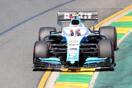 Kubica: Williams comprometida por danos e falta de peças