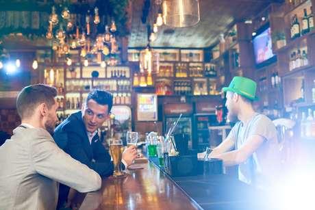 O autor irlandês James Joyce ecreveu que seria difícil 'atravessar Dublin sem passar por um pub'