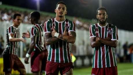 Luciano marcou dois gols na partida (Foto: LUCAS MERÇON / FLUMINENSE F.C.)