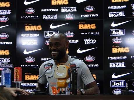 Atacante Vagner Love vive ótimo momento no Corinthians nesta temporada (Foto: Ana Canhedo/Lancepress!)