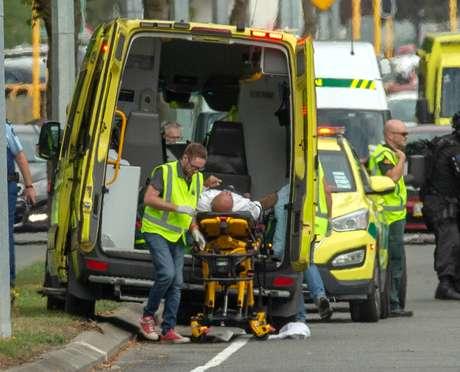 Ataque terrorista de supremacista branco a mesquita na Nova Zelândia deixou dezenas de mortos