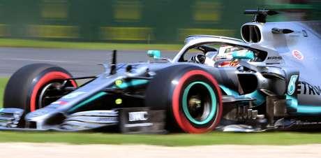 GP da Austrália de F1: Mercedes sobra e garante dobradinha com Hamilton em sua 1ª pole do ano