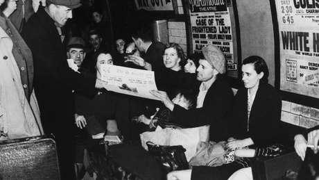 """Culex molestus, o mosquito """"insuportável"""", incomodava londrinos que se refugiavam nas estações de metrô durante a Segunda Guerra Mundial"""