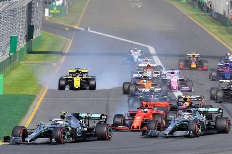 GP da Austrália: Bottas passa Hamilton na largada e conquista vitória dominante em Melbourne
