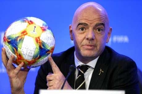 A Fifa, presidida por Gianni Infantino, anunciou o novo Mundial de Clubes (Foto: RHONA WISE / AFP)