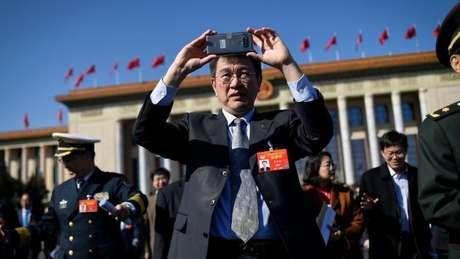 EUA é contra expansão da China na telefonia