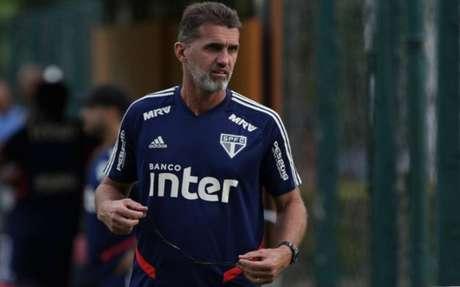 Vágner Mancini tenta levar o São Paulo para as quartas de final do Estadual
