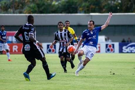Rodriguinho será uma das armas do time celeste no duelo contra a Veterana-Bruno Haddad/Cruzeiro