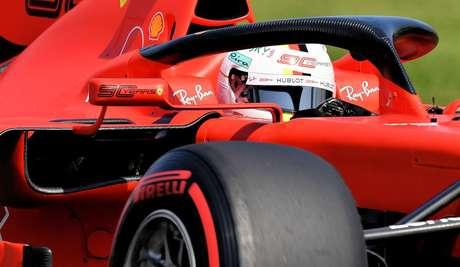 Vettel continua confiando em seu SF90