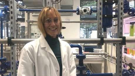 """A cientista Marianne Ellis, líder do projeto, defende a carne artificial como """"uma fonte alternativa de proteína para alimentar o mundo"""""""