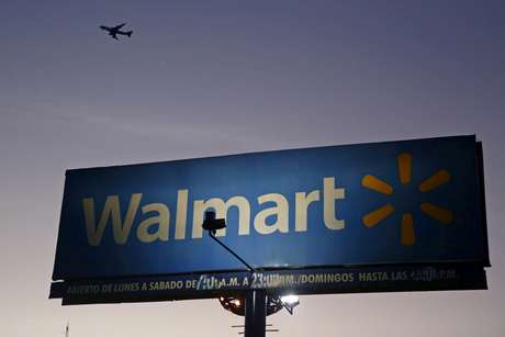 Anúncio do Wal-Mart no México. 24/3/2015. REUTERS/Edgard Garrido/File Photo