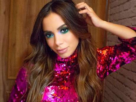"""Kisses"" será o novo álbum áudio visual da Anitta!"
