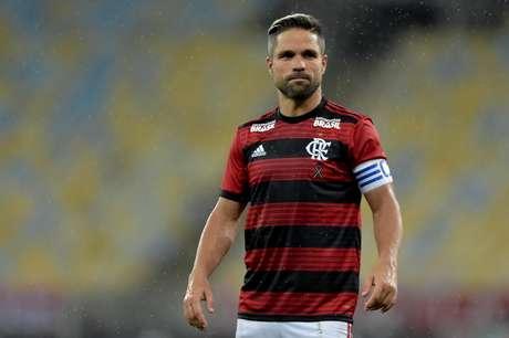 Diego, do Flamengo, durante partida contra o Madureira, válida pela 5ª rodada da Taça Rio 2019, realizada no Estádio Jornalista Mário Filho (Maracanã), na zona norte do Rio de Janeiro, nesta terça (19).