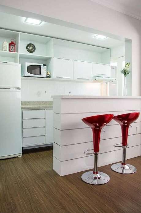 12. Modelo de banquetas para cozinha americana onde a altura é regulável.