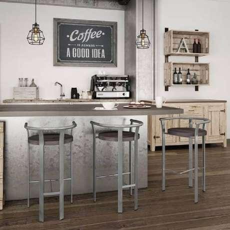 91. Decoração simples com banquetas para cozinha – Foto: Amisco