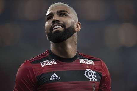 Gabriel, o Gabigol, jogador do Flamengo, comemora seu gol durante partida contra o Madureira, válida pela 5ª rodada da Taça Rio 2019, realizada no Estádio Jornalista Mário Filho (Maracanã), na zona norte do Rio de Janeiro, nesta terça (19).