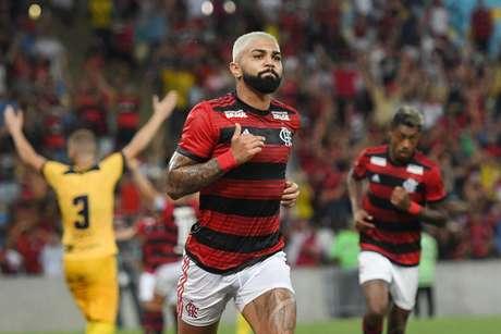 Gabigol estava em posição irregular no primeiro gol do Flamengo contra o Madureira