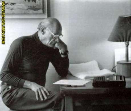 O dramaturgo Arthur Miller, convocado pelo comitê