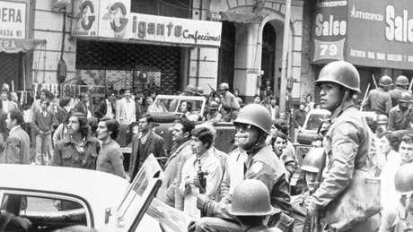Chile vivia forte turbulência socioeconômica quando golpe militar foi decretado