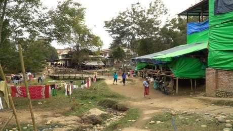 A violência no norte de Mianmar levou dezenas de milhares de pessoas para campos de refugiados, segundo a ONU