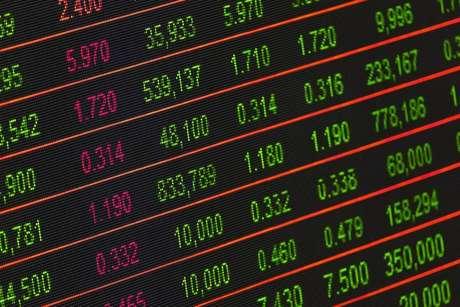 Dólar sobe e Bolsa cai nesta sexta-feira, com temor sobre a reforma da Previdência.