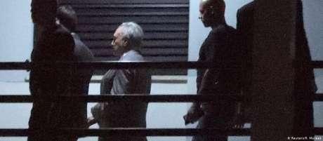 Ex-presidente Michel Temer chega à sede da Polícia Federal no Rio