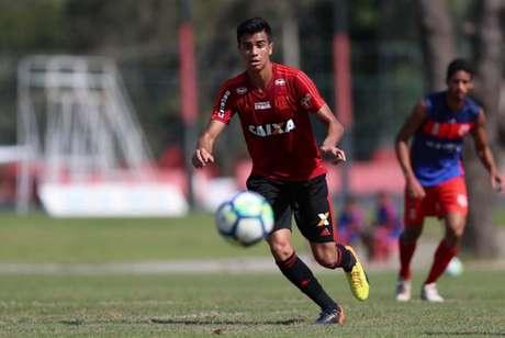 Atacante Reinier em treino pelo Flamengo (Foto: Gilvan de Souza/Flamengo)
