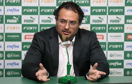 Alexandre Mattos diz que o Palmeiras está em 'stand by' na novela Pato (Foto: Cesar Greco)