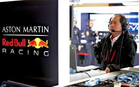 """Hamilton elogia a Red Bull-Honda e crê em """"grande disputa ao longo do ano"""""""