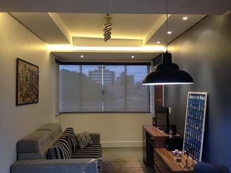 64- Na decoração de sala simples e barata, os móveis são de tamanhos reduzidos. Fonte: Ed Arquitetura