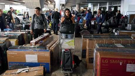 Cerca de 8 mil médicos cubanos tiveram de decidir: ficar no Brasil ou voltar para a ilha?