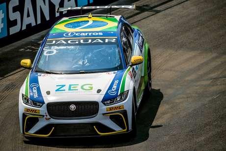 Na China, Cacá Bueno conquista primeira vitória do Brasil no Jaguar I-PACE e-TROPHY