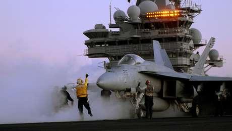 A venda de aviões de guerra foi um dos setores que mais geraram receita para os países exportadores de armas