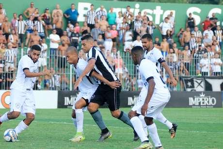 Botafogo empatou com o Americano e deu adeus ao Campeonato Carioca