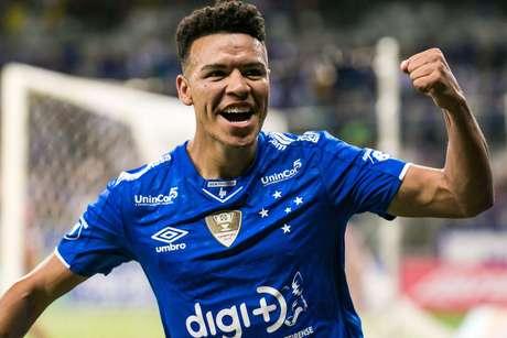 Marquinhos Gabriel, jogador do Cruzeiro, comemora seu gol durante partida contra o Patrocinense