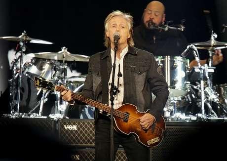 Paul McCartney durante apresentação na Arena Liverpool