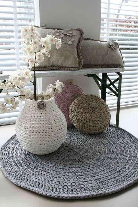 24. Elabore uma decoração que utilize vários itens em crochê – Foto: Pinterest