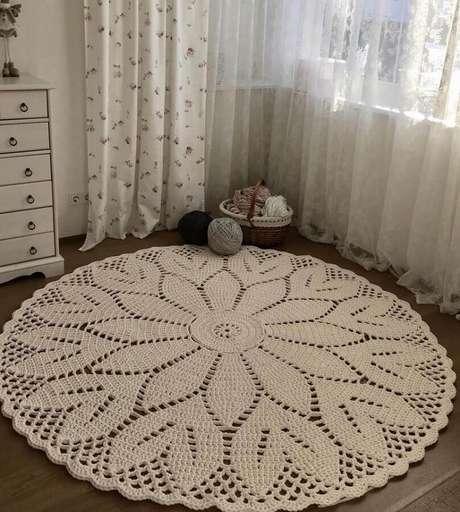 74. O tapete de crochê é um item que nunca sai de moda – Foto: Lankava