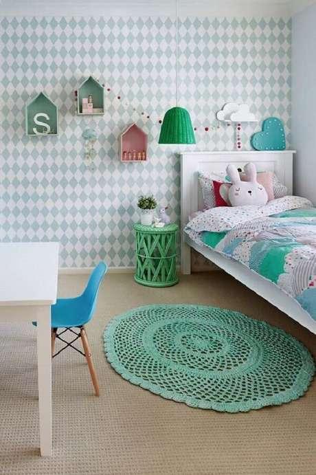 79. Escolha modelos de tapete de crochê que entrem em harmonia com o restante da decoração do ambiente – Foto: Pinterest