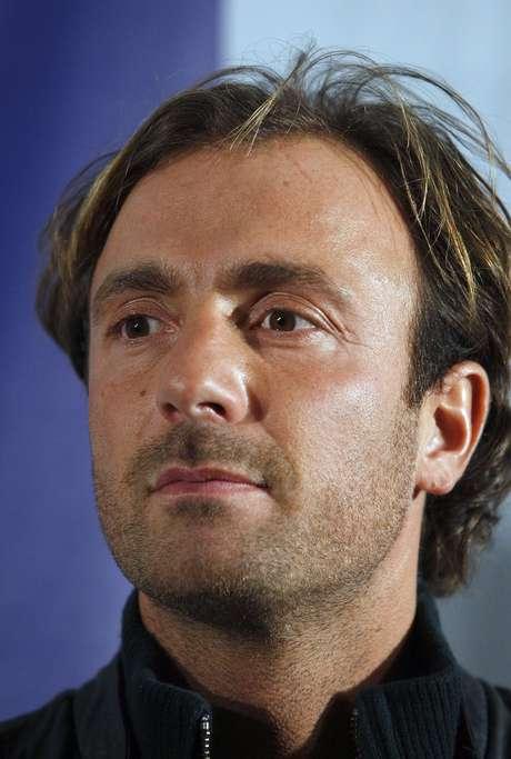 Christophe Dugarry voltou a atacar a passagem do atacante brasileiro no clube francês
