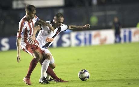No último sábado, Bangu derrotou o Cruz-Maltino por 2 a 1 (Foto: Jorge Rodrigues/Eleven)